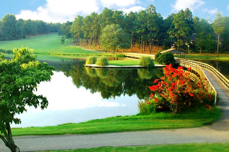 7 Lakes Golf Club in West End, NC