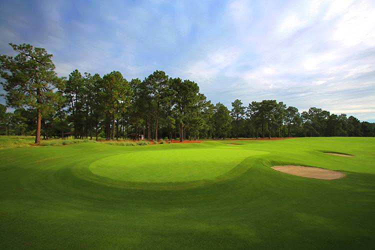 Pine Needles Lodge & Golf Club in Southern Pines, NC