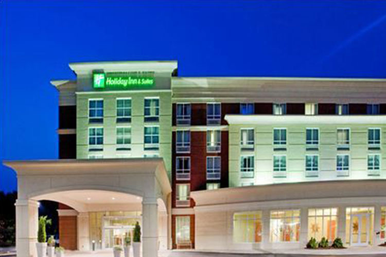 Holiday Inn & Suites Gateway in Williamsburg, VA